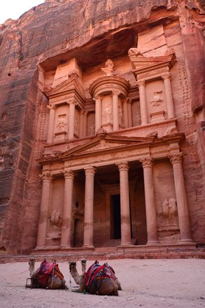 Visit Petra from cruise port Aqaba