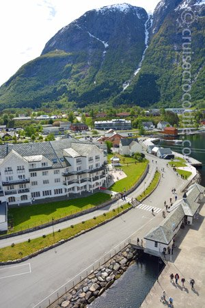 Cruise port Eidfjord - Norway