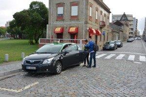 Cruise Leixoes and take a taxi to Porto