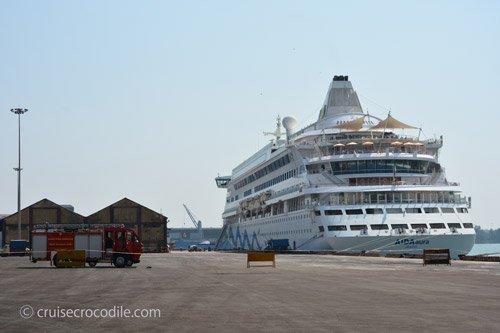 Cruise Port Guide Mangalore India For Cruise Crocodile - Cruise ships from india