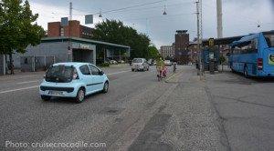 Cruise-Aarhus-bus-station-europcar-crocodile