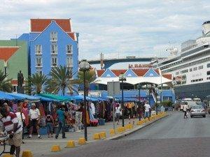 Cruise-Curacao-dock-pier