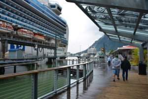 Cruise-Juneau-Boardwalk
