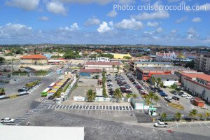 Aruba Cruise Terminal and parking lot