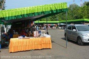 Cruise-market-Lombok