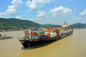 Cruise_Panama-Canal-gatun-lakes