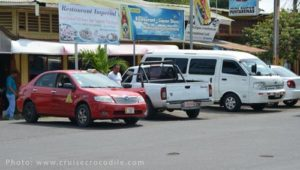 Puntarenas taxis at the cruise port