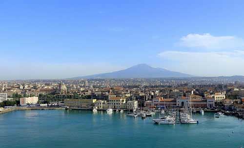 Cruise port catania