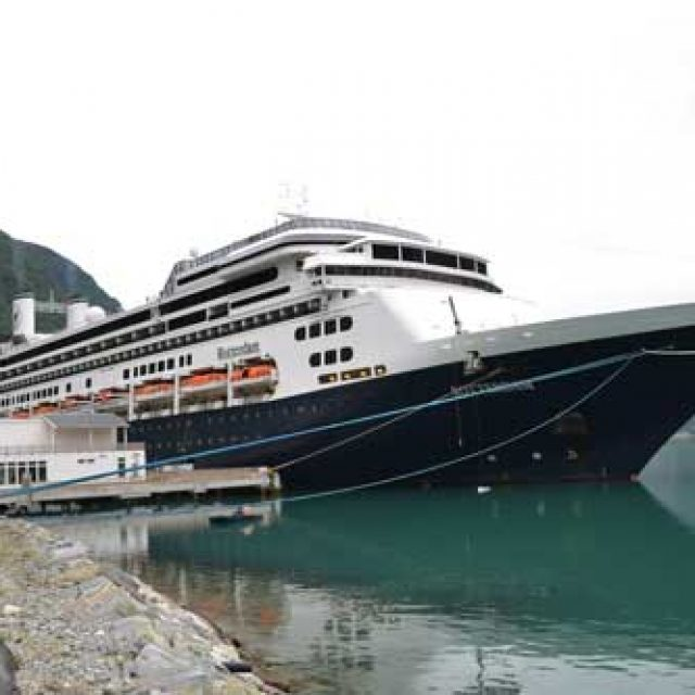 Skjolden cruise dock