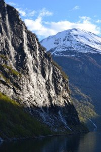 cruise-geiranger-scenic-cruising-fjord-seven-sisters-waterfall-2